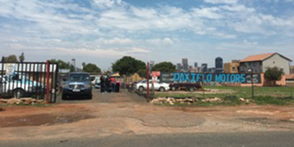 Motor shop on outskirts of Johannesburg credit David Francis