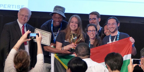 Students win international supercomputing competition