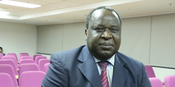 Honorary Professor Tito Mboweni addressed graduates of the Faculty of Commerce, Law and Management.