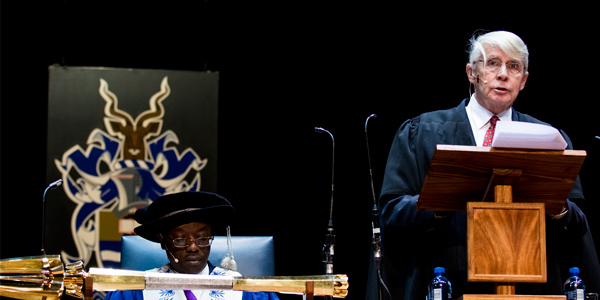 incent Carruthers delivers Gold Medal acceptance speech at Wits graduation