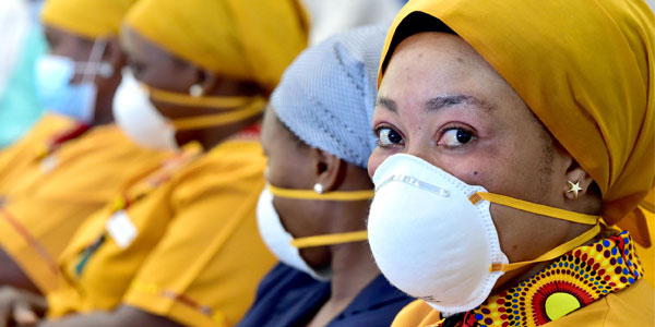 Face masks has become essential to prevent being infected by the coronavirus ©GovernmentZA/Flickr
