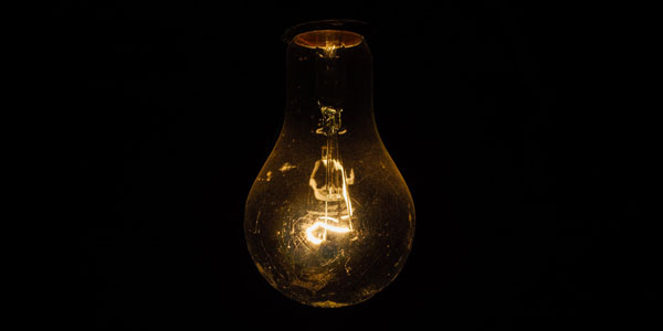 Light bulb | Curiosity 11: #Viral © https://www.wits.ac.za/curiosity/ | © Rodion Kutsaev
