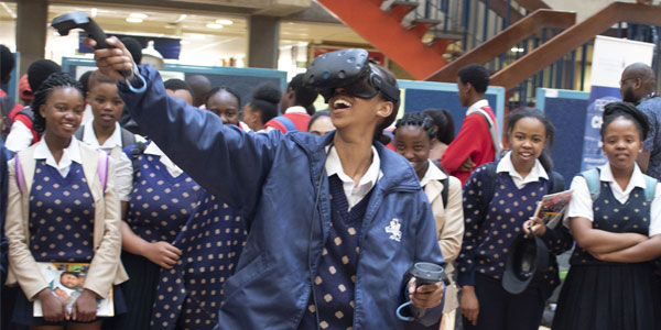 Learners experience the wonderful world of VR at Wits University