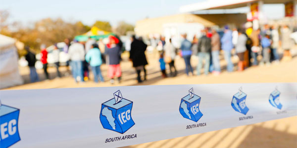 Queuing to vote in South Africa's general elections. © IEC